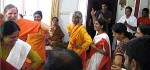 Devotional Dancing with Shree Maa and Swamiji