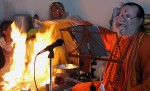 Swami Satyananda blends ancient Vedic fire ceremony with modern portable technology – an iPad and a projector