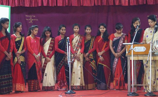 digboi-girls-singing